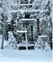 Ein Bild, das Schnee, draußen, Steigung enthält.  Automatisch generierte Beschreibung